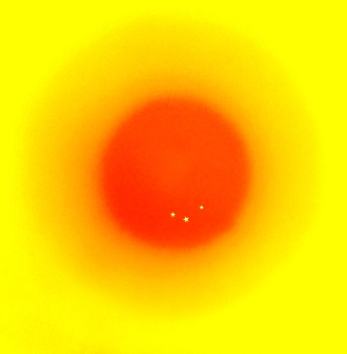 El ocaso de los cuerpos celestes. Acrílico s/ lienzo 150 x 150 cm 2014
