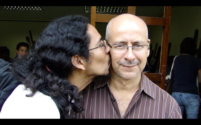 """El cortejo 8'00"""" video-documento 2011-2013"""