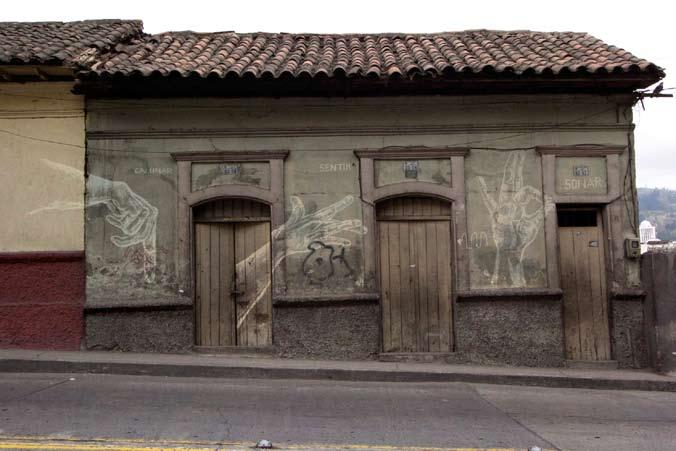 SERIE BORRADORES: «Borradores Ch´ixi» Dibujo-performance-intervención GRAFF, Festival de arte público, Central Dogma, Ambato-Ecuador 2014