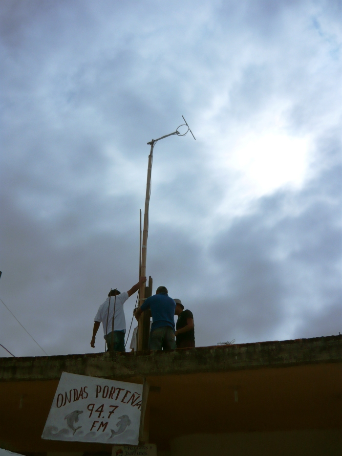Laboratorio Puerto El Morro 94.7FM, Territorio y Radialidad, Residencia Solo con Natura, Ecuador, 2009